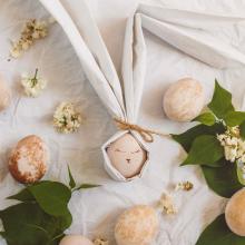 JOYEUSES PÂQUES 🐣 - On profite des bons moments en famille et des oeufs en chocolat 🍫 ⠀⠀⠀⠀⠀⠀⠀⠀⠀ -⠀⠀⠀⠀⠀⠀⠀⠀⠀ #joyeusespaques #paques #oeufsenchocolat